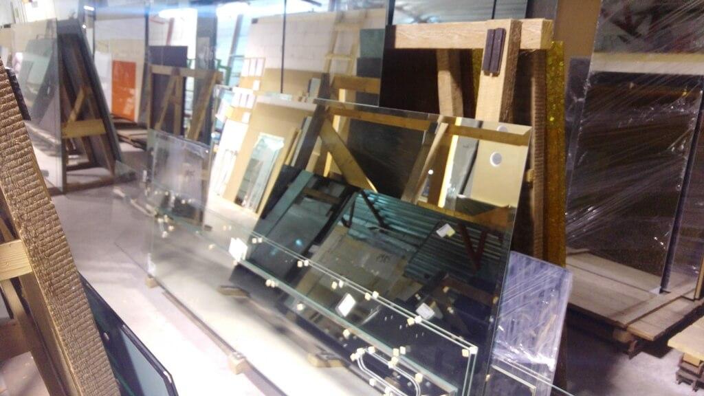 stikleris veidrodžiai