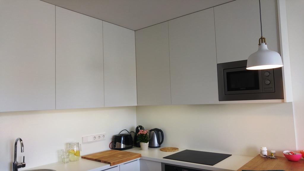 virtuves spinteles iki lubu